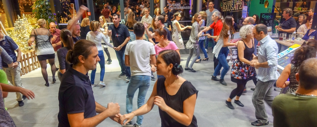Salsa Party im Citypark